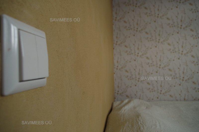 Dekoratiivne savikrohv magamistoas