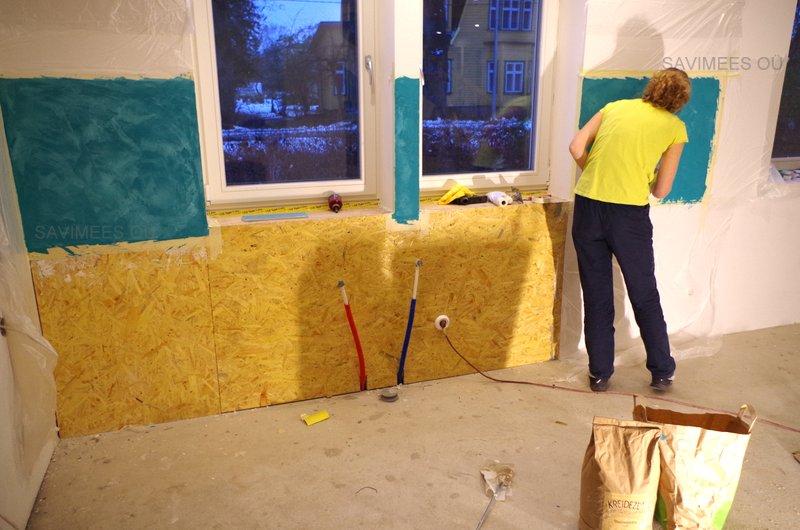 Dekoratiivne vuugivaba pind stucco lubipahtliga. Sobib kööki, vannituppa, sauna, jt. siseruumidesse.